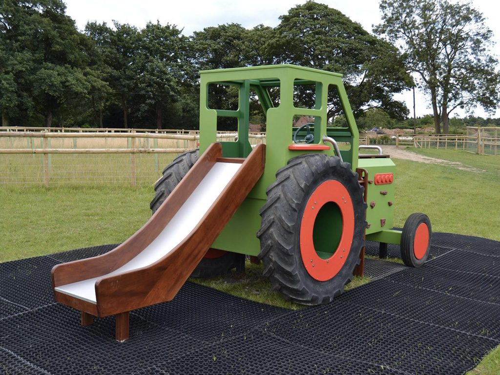 Back Hatfield Farm Childrens Play Tractor With Slide 1 1
