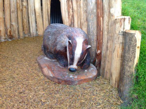 badger-sculpture-wooden-carving-by-flights-of-fantasy