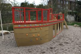 Bow Port Dreamland Play Pirate Ship