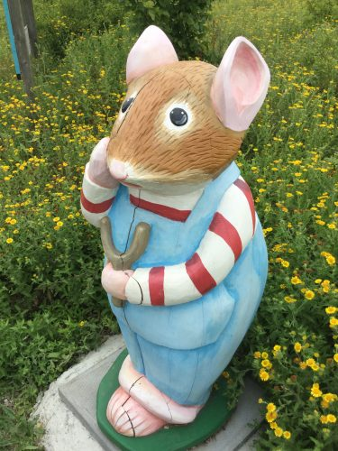 Brambly Hedge Wooden Sculpture Child Mouse Abberton Reservoir Site Revisit E1509800952270