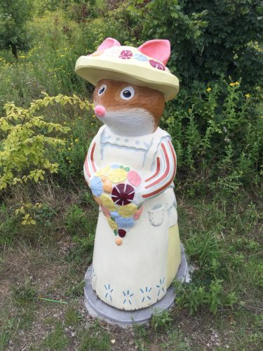 Brambly Hedge Wooden Sculpture Mother Mouse Abberton Reservoir Site Revisit E1509800934168