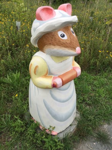 Brambly Hedge Wooden Sculpture Nanny Mouse Abberton Reservoir Site Revisit E1509800834139
