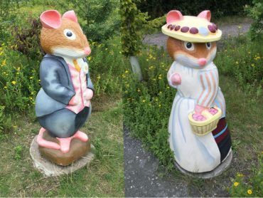 Brambly Hedge Wooden Sculptures