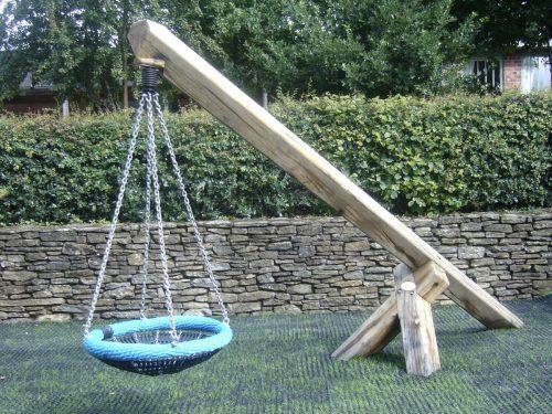 Cantilever Basket Swing