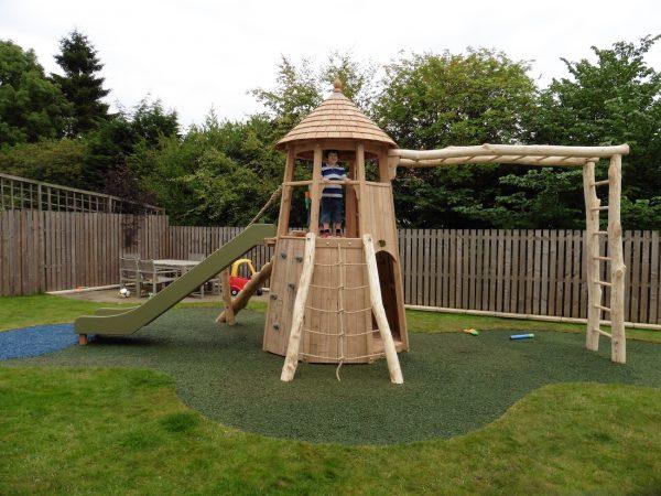 Climb Rope Ladder – Glasgow Garden Tower
