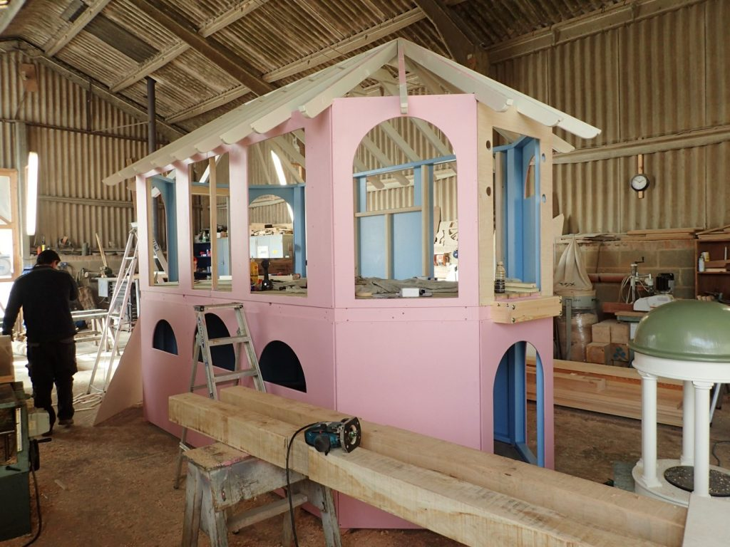 Construction-Moss-Lane-School-Godalming-Pepperpot-Miniature-Replica-Play-Area