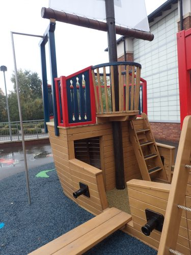 Crows Nest And Plank The Grange School Pirate Ship Play Area E1483978916574