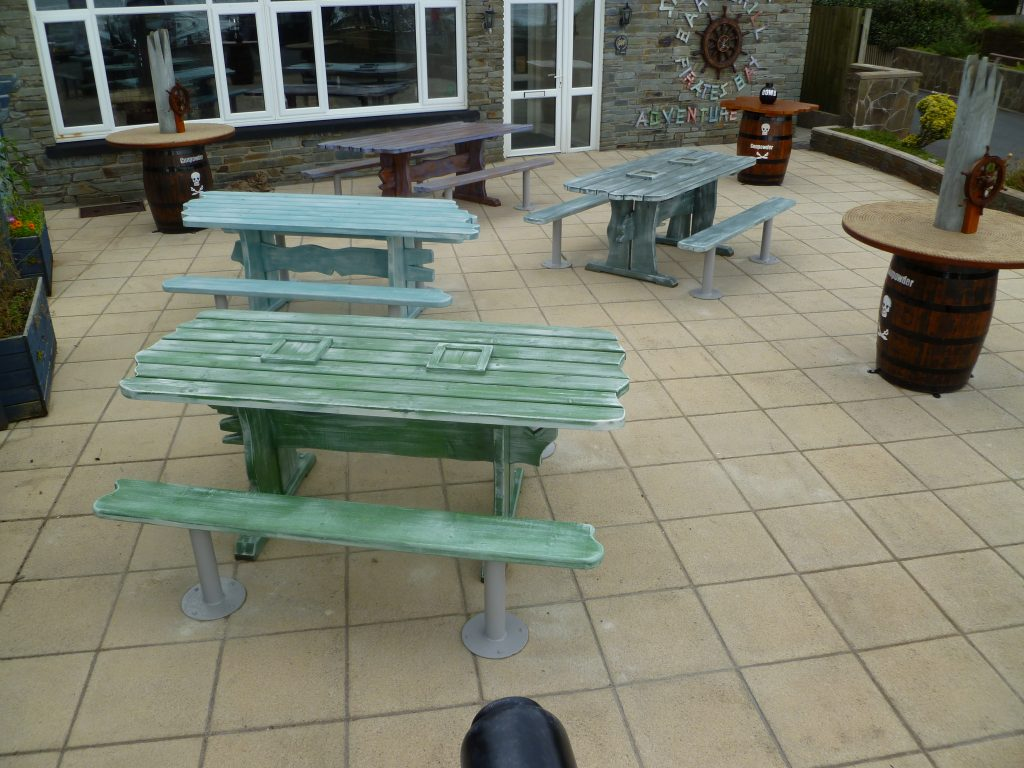 Driftwood Tables Smuggler Bar And Grill Amroth Pirate Themed Seating And Benches
