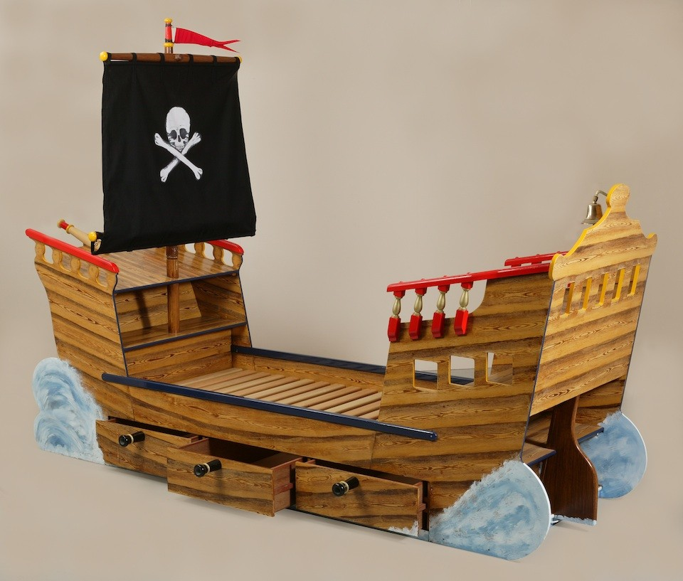 Empty Bed (Pirate Ship Bed Wooden Childrens Beds Bedroom Furniture)