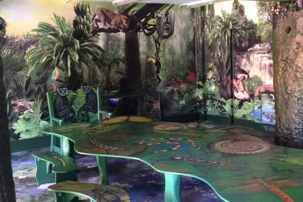 Bristol Zoo Jungle Themed Party Room