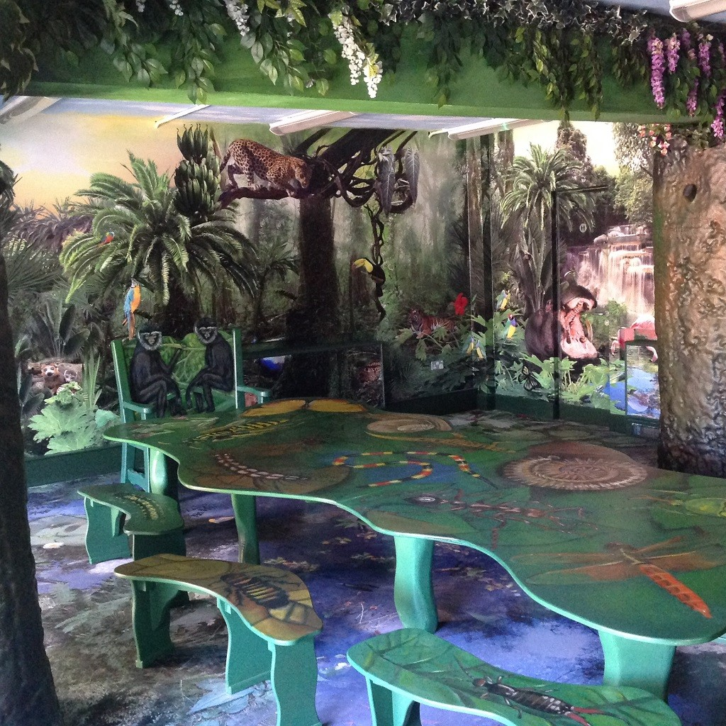 Jungle Themed Room Feature Bristol Zoo