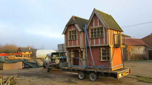 Playhouse Delivery