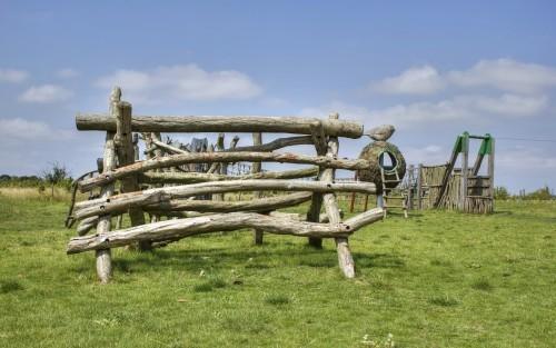 log-climb-abberton-reservoir-childrens-outdoor-play-area-by-flights-of-fantasy