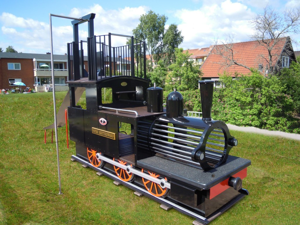 main-view-patrick-reutersward-replica-childrens-play-train-with-slide-slide-pole-and-ladder