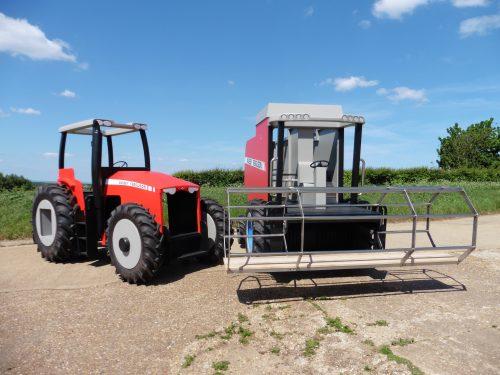 Massey Ferguson Play Tractor and Combine Harvester Kongeparken Norway