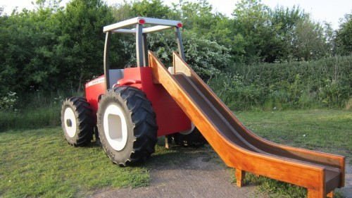 Massey Ferguson Replica Wooden Play Tractor In Norway 04