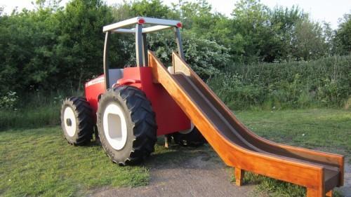 Massey Ferguson Replica Wooden Play Tractor in Norway 04