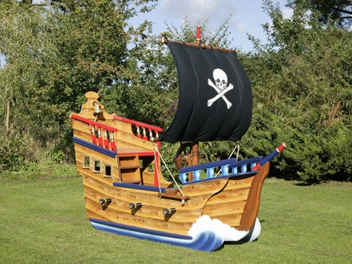Miniature Play Pirate Ship
