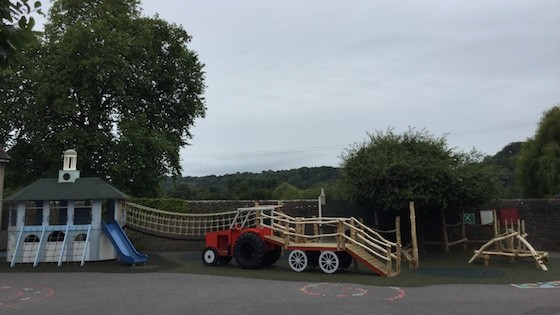 Moss Lane School Godalming Themed Adventure Playground 07 560x315