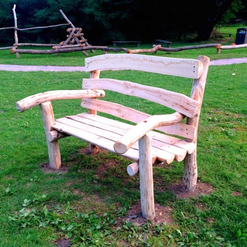 Natural sweet chestnut bench - Farnham Park Rustic Outdoor Play Area 08