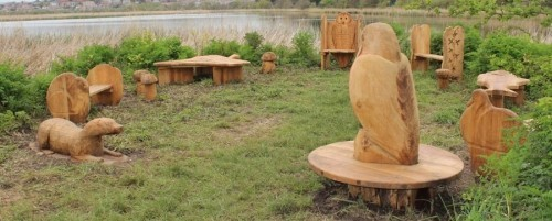 Picnic Area Carvings Hand Made Wooden Carvings And Animal Sculptures By Flights Of Fantasy