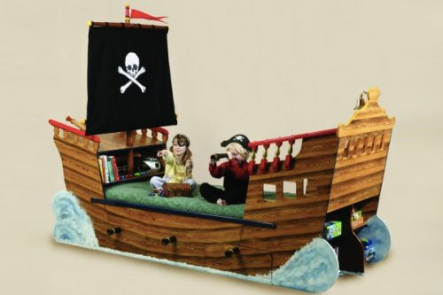 Pirate Ship Bed 1