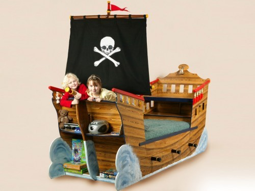 Pirate Ship Bed Slider Image