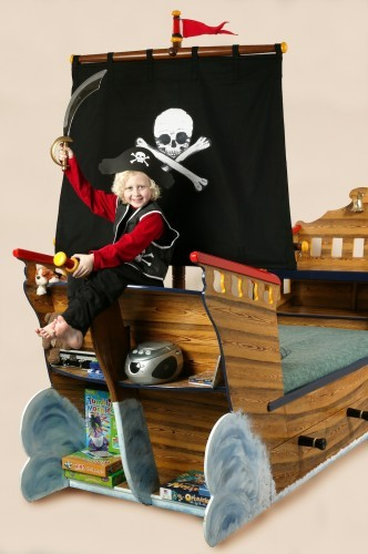 Pirate attack (Pirate ship bed wooden childrens beds bedroom furniture)