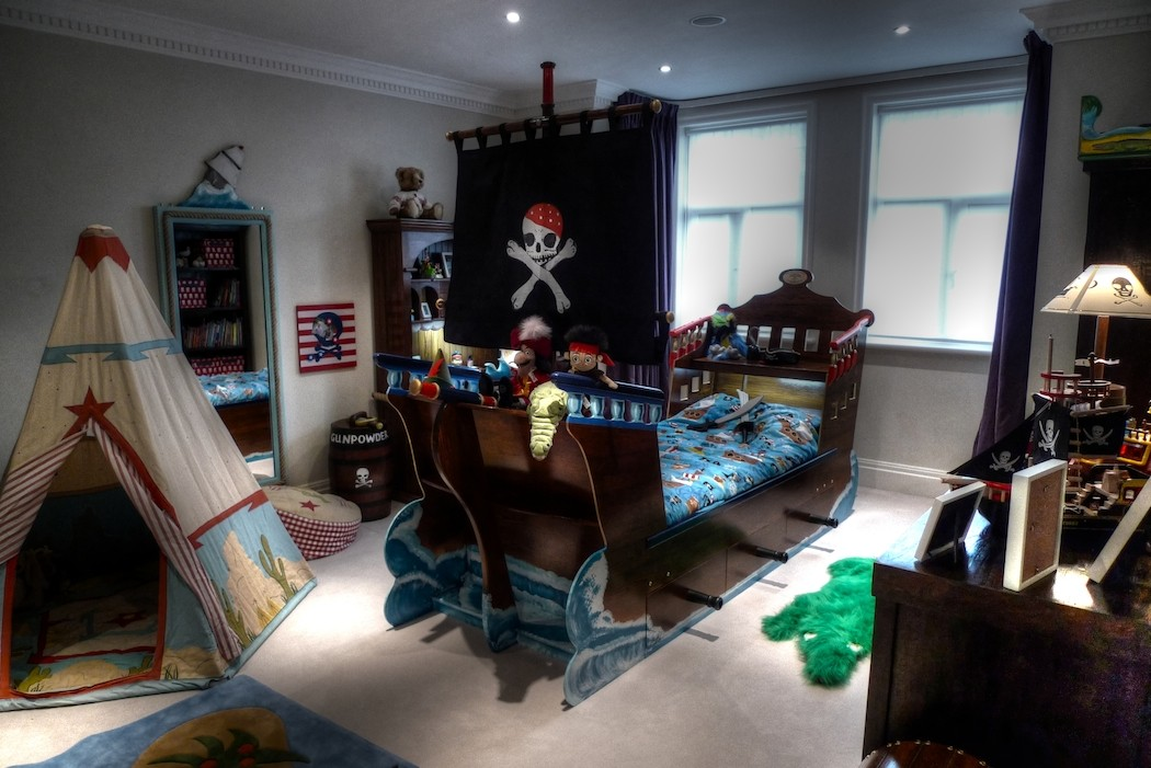 Pirate Bed And Decorated Room Childrens Pirate Bedroom Themed Interior1