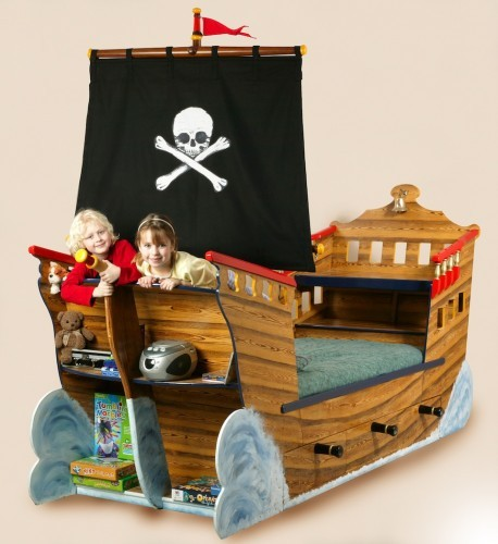 Pirate play (Pirate ship bed wooden childrens beds bedroom furniture)