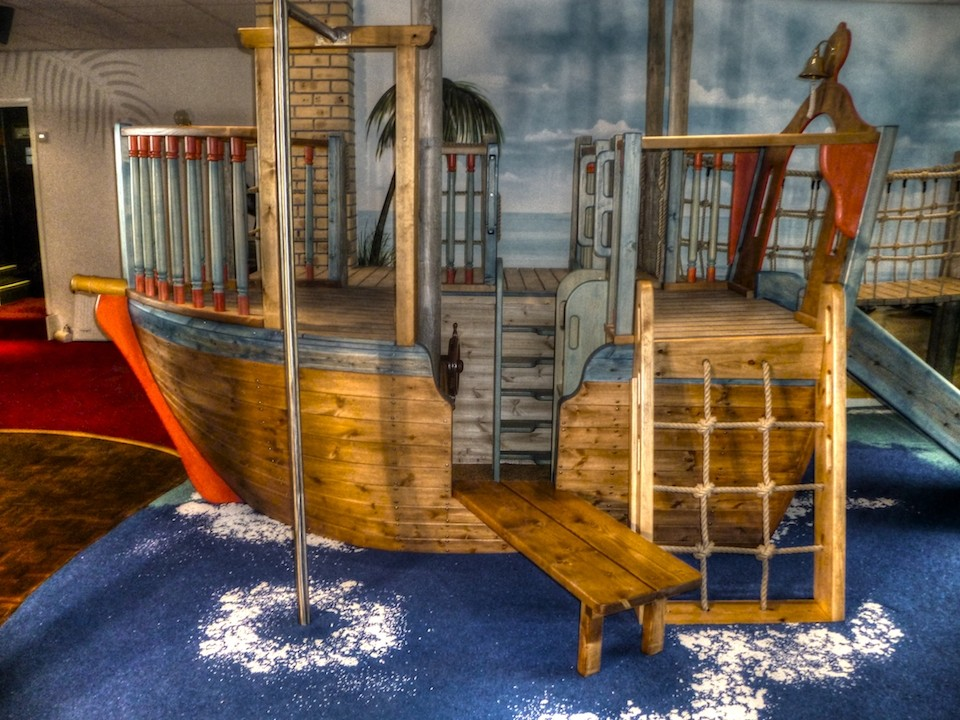 Pirate Ship With Firemans Pole Smugglers Bar And Grill Restaurant Indoor Childrens Play Area Pirate Themed With Climbing Ropes And Slide