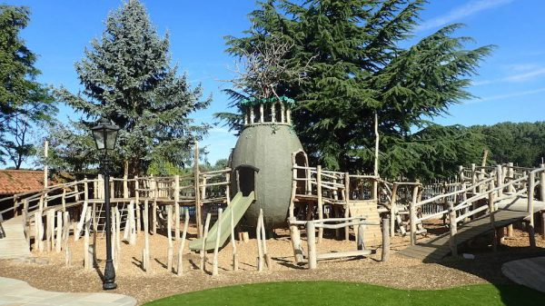 Playground Ffolkes Arms Hotel Adventure Playground