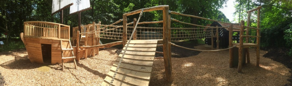 samlesbury-hall-and-mayflower-outdoor-play-area