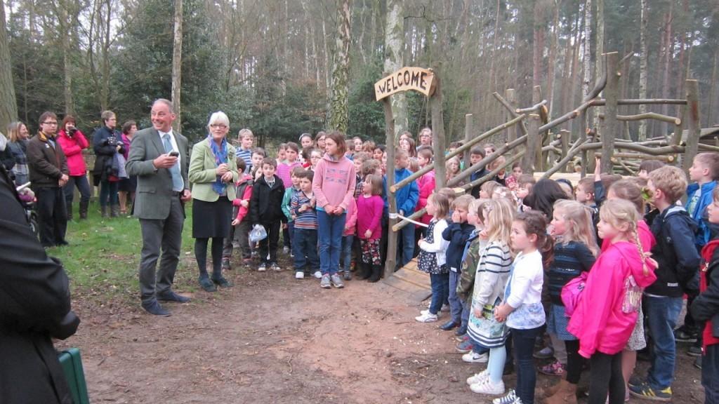 Sandringham Public Wooden Outdoor Childrens Play Area 01