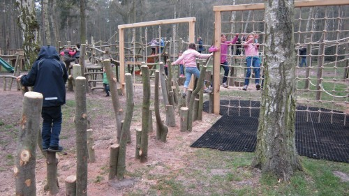 Sandringham Public Wooden Outdoor Childrens Play Area 07