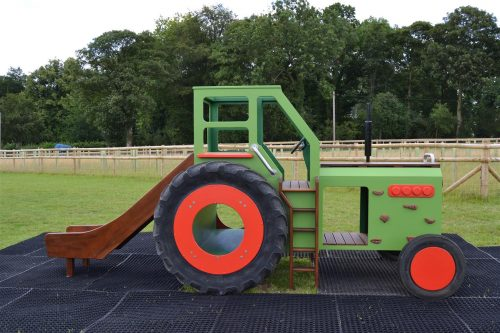 Side profile (Hatfield farm children's play tractor with slide)