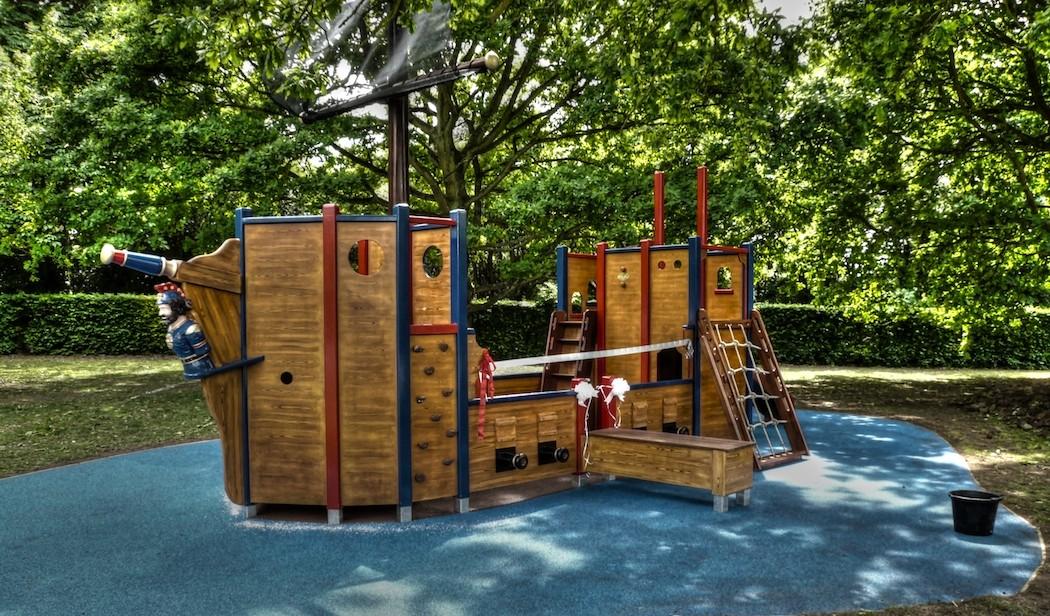Langton green - Pirate ship wooden playground ...