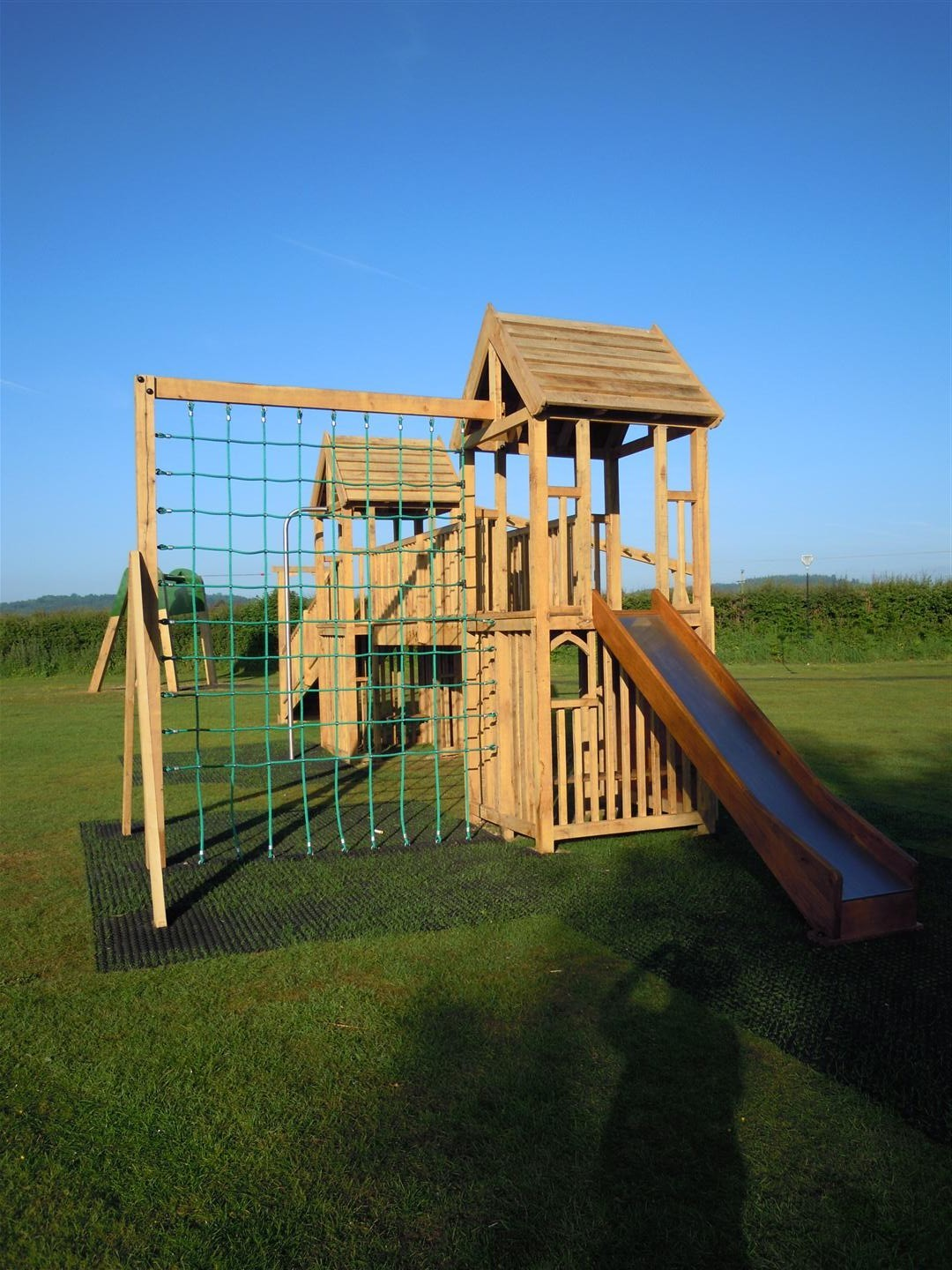 Kingstone Multi Play Tower And Play Area Flights Of Fantasy