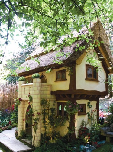 Snowre Hall Childrens Play House For Sale 02