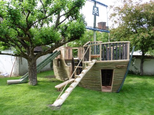 Step Ladder – The Scarlet Squid, Willow Clad Wood Play Pirate Ship