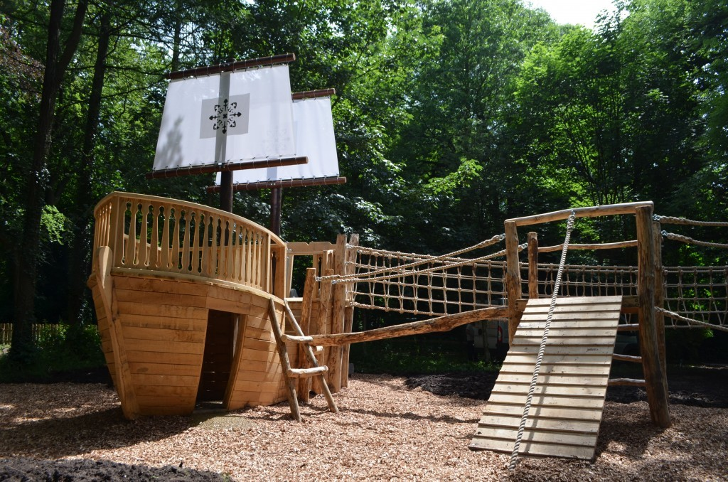 The Mayflower Samlesbury Hall Childrens Outdoor Play Area With Replica Landmark And The Mayflower Play Ship By Flights Of Fantasy