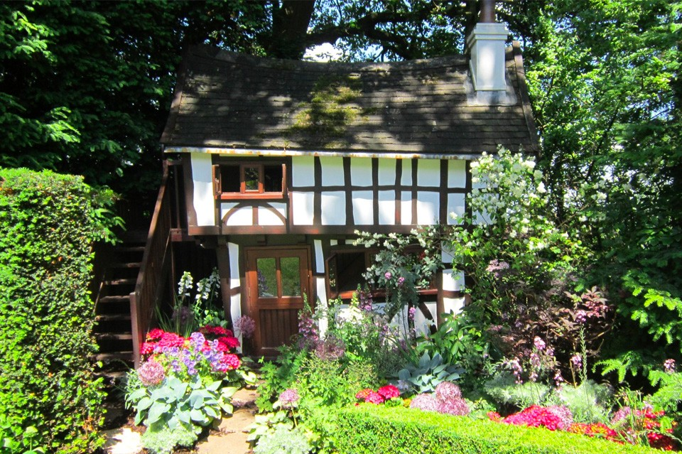 Tudor House Playhouse After 27 Years