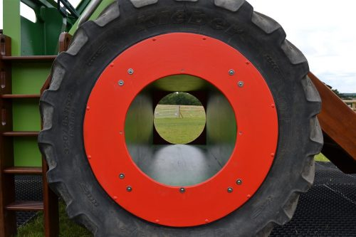 Tunnel Wheel Hatfield Farm Childrens Play Tractor With Slide 1