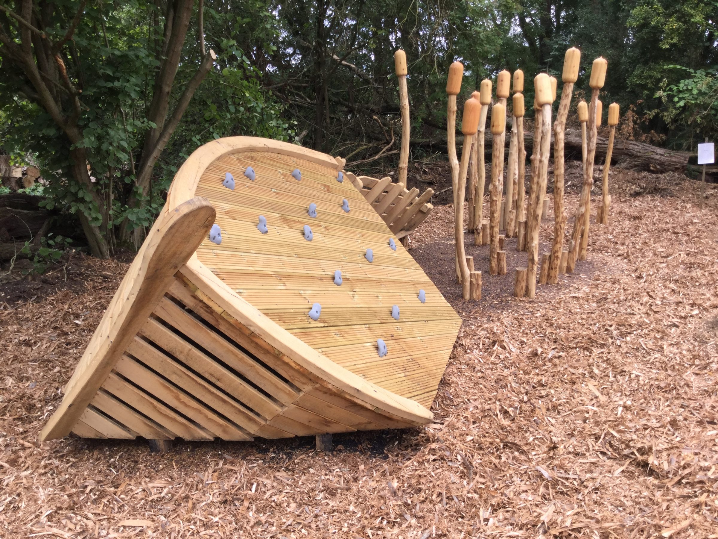 sinking ship rushden lakes play area