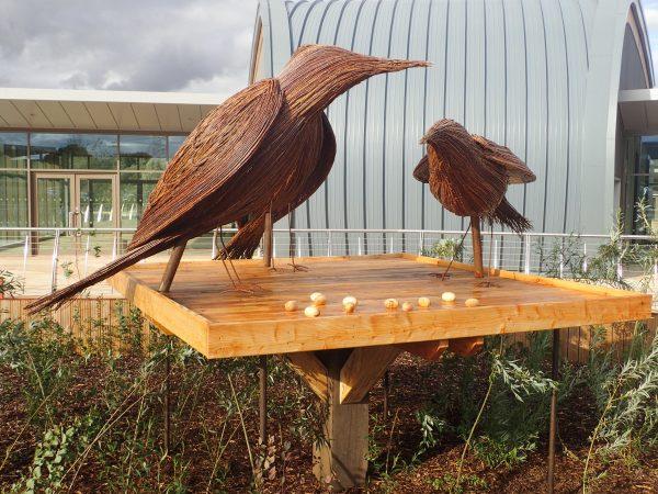 starlings rushden lakes sculptures